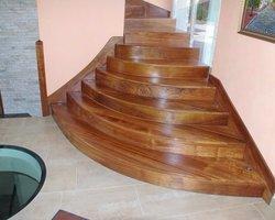 Les Ateliers du Bois Penneçot - Varanges - Escaliers - Création de marches en bois